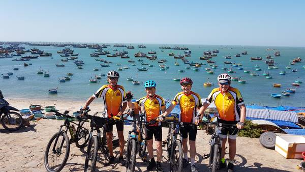 Hatien Cycling To Ho Chi Ming City- 3 Days